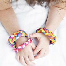 Design for Kids: Crepe Paper Bracelets