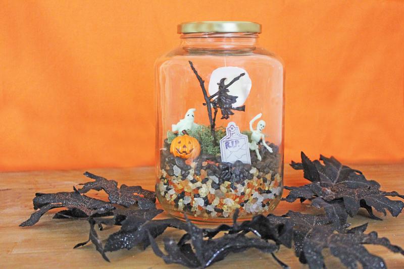 Halloween Crafts for Kids: Make a Glow-in-the-DarkTerror-arium