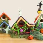 Halloween Crafts: Haunted Mini Mansions