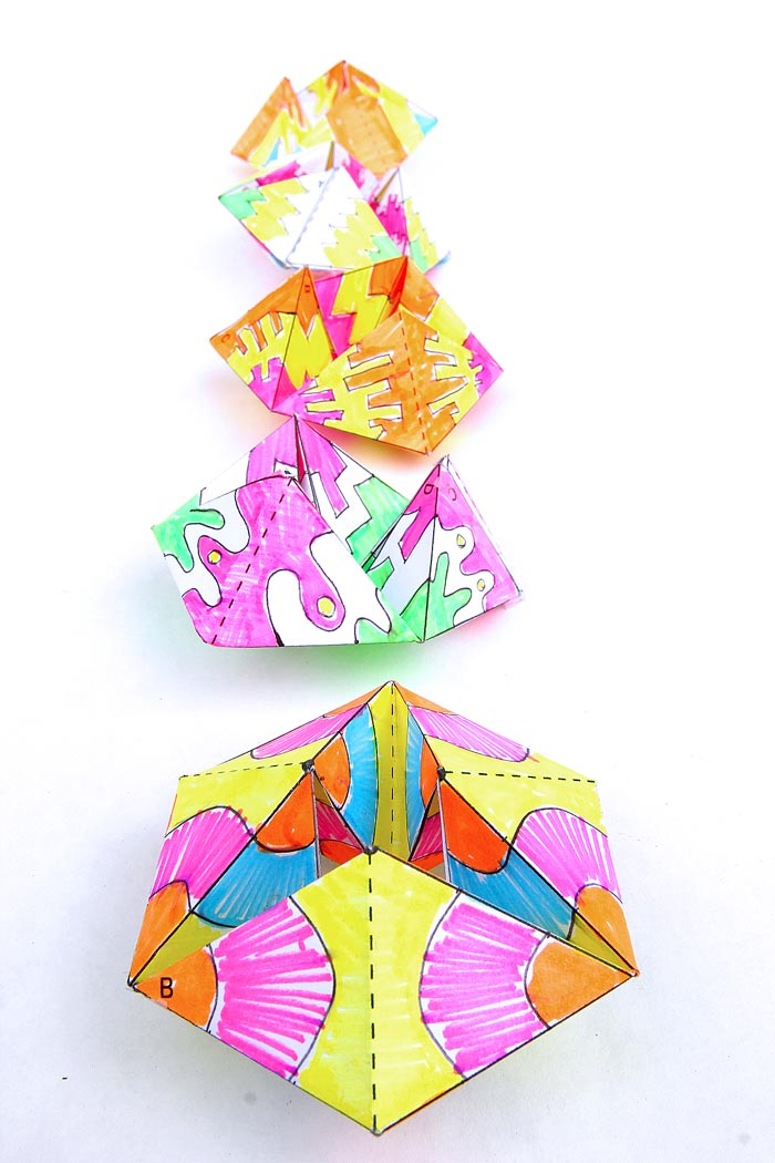 FLEXTANGLES: Coolest.paper.toy.ever. Make this paper toy and be mesmerized by the colorful action! Get the template and instructions on Babble Dabble Do.