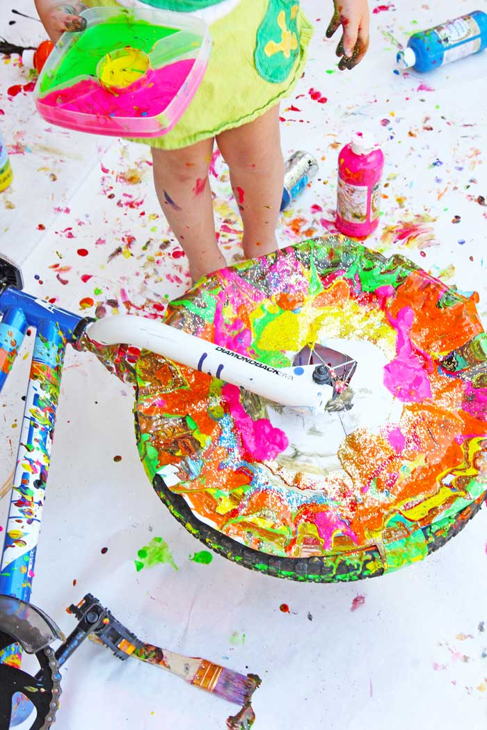 Action-Art-Bicycle-Spin-Art-BABBLE-DABBLE-DO-Hero3.jpg