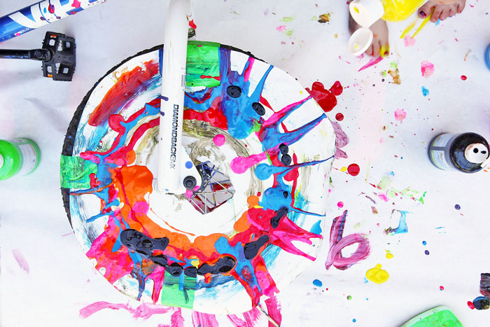 Make Spin Art using a bike tire! Messy and fun process and action art ...