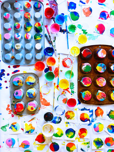 Process Art Idea: Introduce your children to the joy of process art through this easy art project using…muffin tins?
